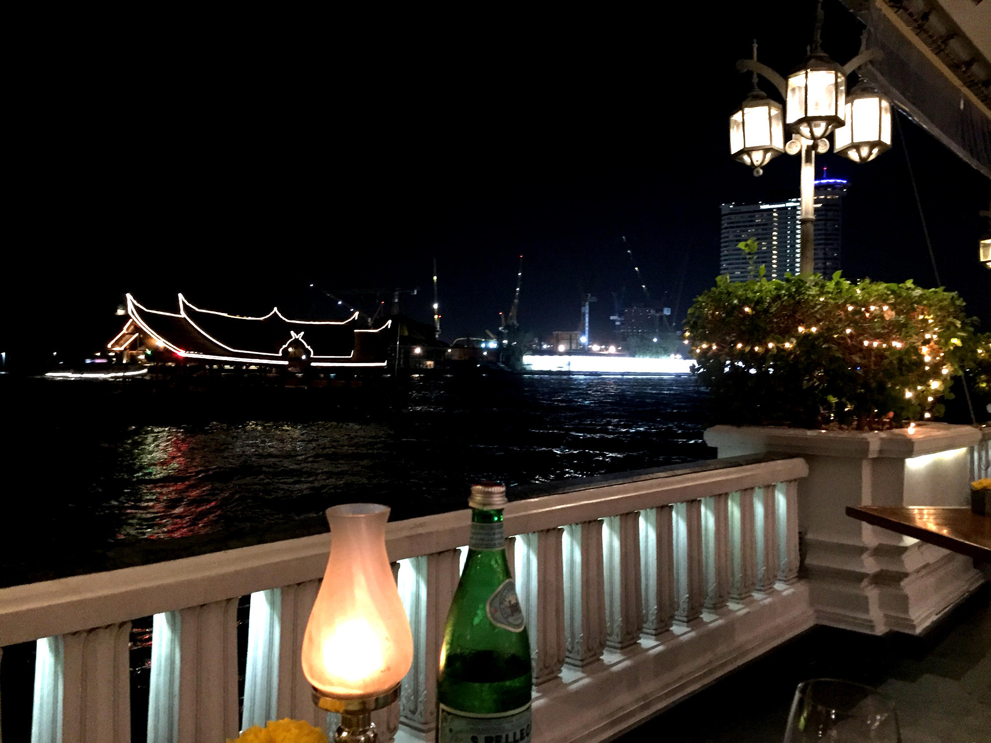 Bamboo Bar and Riverside Terrace Mandarin Oriental Bangkok