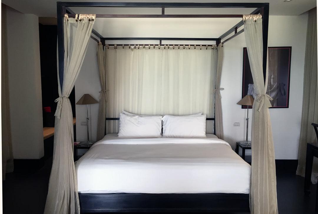 Sleeping_like_a_king_The_Pavilions_Phuket